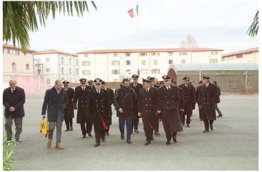 Difesa: Sottosegretario Tofalo visita base Aeronautica e Scuola Carabinieri