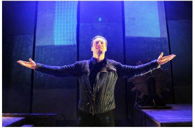 """Mercoledì 23 gennaio: Stefano Accorsi in """"Giocando con Orlando Assolo"""", al Teatro Garibaldi di Santa Maria Capua Vetere"""