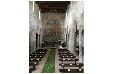 Ripartire con la cultura:   Un capolavoro sconosciuto. La basilica di Santa Maria in Foro Claudio Ventaroli (Carinola)