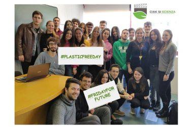 """CIAK SI SCIENZA partecipa al """"Villaggio per l'educazione ambientale"""" con l'iniziativa """"Students take action!"""""""