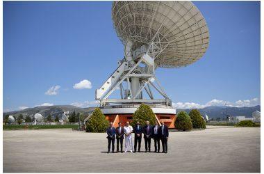 Difesa: Tofalo visita il Centro spaziale del Fucino di Telespazio