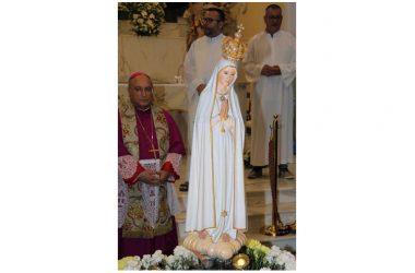 Sabato Fiaccolata con la Madonna di Fatima per le vie di Maddaloni e Saluto e Ringraziamento Domenica