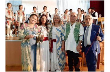 Il Soprano Internazionale Teresa Sparaco, con la sua grande bravura ed il suo indiscusso fascino, ha reso possibile un progetto di unione musicale tra la Città di Caserta e la capitale della Repubblica dell'Uzbekistan