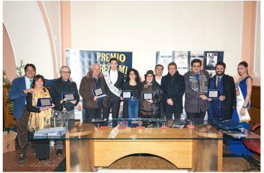 """""""Avellino Book Fair"""", Arturo Bascetta premia gli autori Pisaniello, Parente e Paolucci. Numerosi riconoscimenti ad atleti del mondo dello sport."""