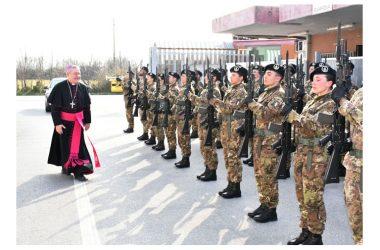 L'Arcivescovo in visita al 17° RAV