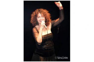 """""""Una canzone a sera"""" di Francesca Curit Giardina in diretta facebook"""