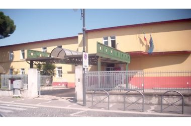 L I.A C di Cancello ed Arnone  consegna  i tablet  per la didattica a distanza, all'assessore alla Pubblica Istruzione ed alla protezione civile.