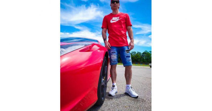 """Lele_hondo_official alla guida di una Ferrari 458 Italia: """"Motori, che passione!"""""""