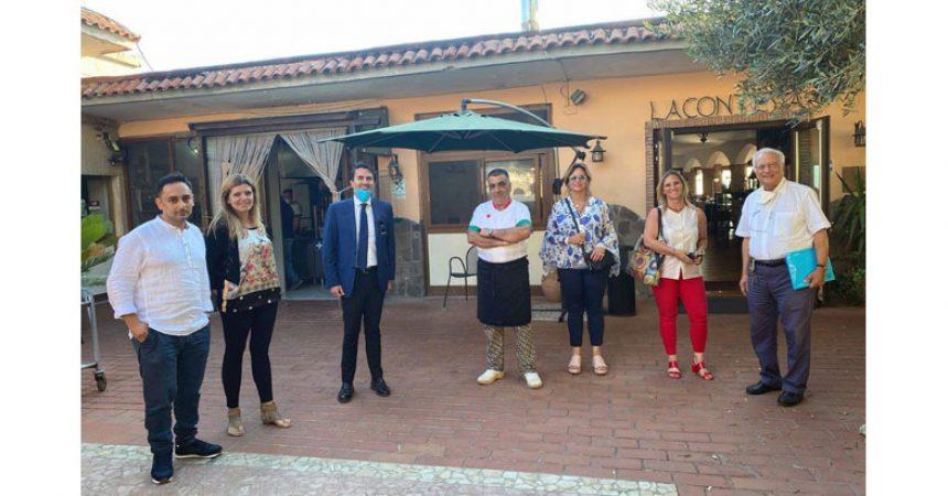 I rappresentanti del mondo dell'accoglienza e dell'ospitalità, a confronto con l'On. Alfonso Longobardi