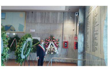 Bologna 2 Agosto 1980-2020. Il Gonfalone civico ed il Sindaco di Brusciano Peppe Montanile alla 40^ Commemorazione.