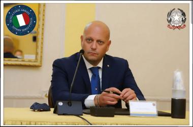 De Luca annuncia il Coprifuoco e a Napoli parte la rivolta.