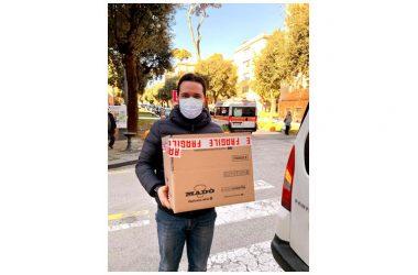 """Un sorriso """"di gusto"""" al Cardarelli: la pasticceria online Madò dona all'ospedale chiacchiere di Carnevale"""