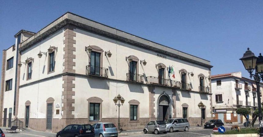 """Castel Volturno, città abbandonata. Diana: """"Buche stradali  espressione del baratro amministrativo"""""""