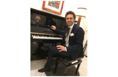 Il Maestro Riccardo Napolitano ed il PianoFlash nell'emergenza pandemica