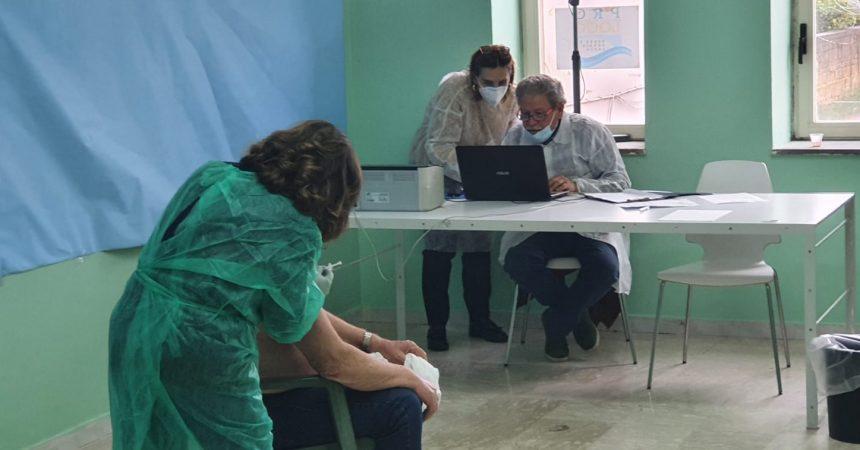 Vaccinati tutti gli ultraottantenni e le persone fragili, successo per la giornata di prevenzione al Centro Servizi