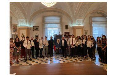 Villaggio  dei Ragazzi: Attestati  di merito agli studenti diplomati con 100 e 100/lode
