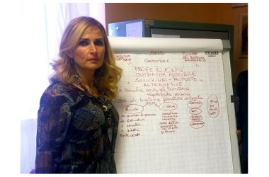 """Cambio della guardia  all'Istituto """"Da Vinci"""", arriva la preside Carmela Mascolo"""